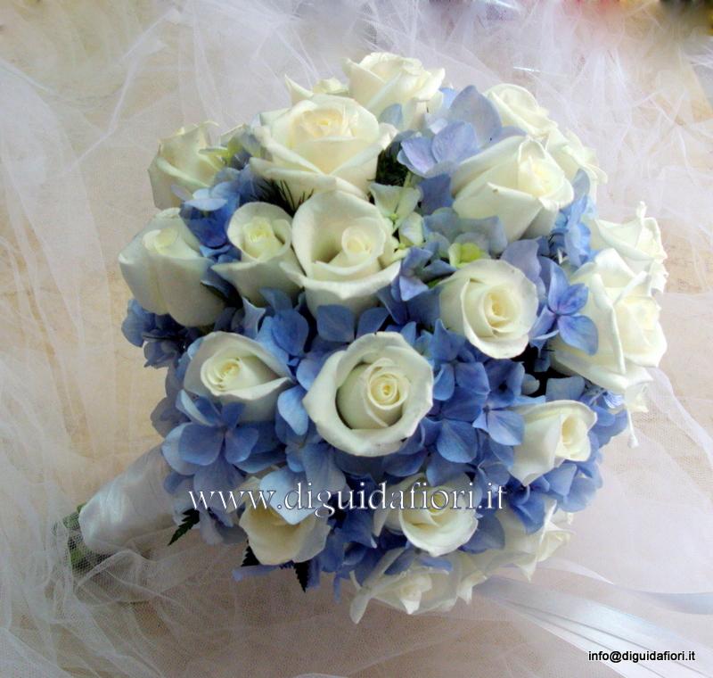 Matrimonio Con Azzurro : Composizioni floreali di colore azzurro fiorista roberto