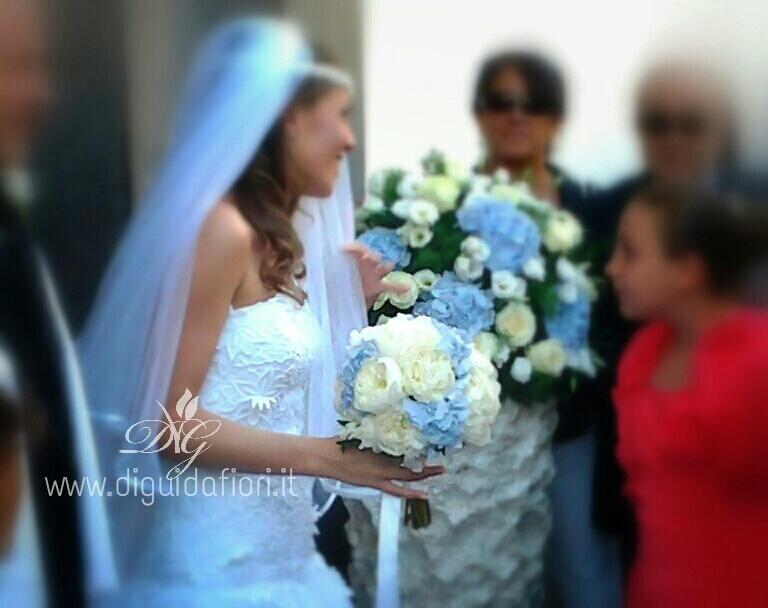 Addobbi Floreali Matrimonio Azzurro : Composizioni floreali di colore azzurro fiorista roberto di guida