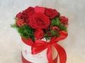 fiori in scatola rotonda