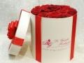 fiori in scatola rose rosse