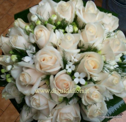 Curcuma Bouquet Sposa.Bouquet Da Sposa Con Rose Vendela Fiorista Roberto Di Guida