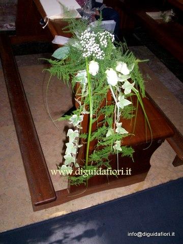 segaposto per panche chiesa con ederina pendente