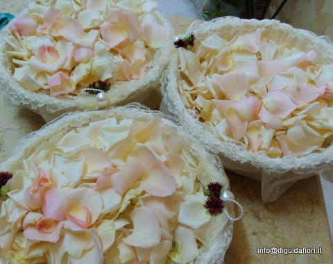 Addobbi floreali riso pagina 2 di 2 fiorista roberto - Cesto porta coni di riso ...