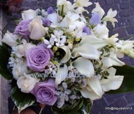 Bouquet da sposa bianco e glicine