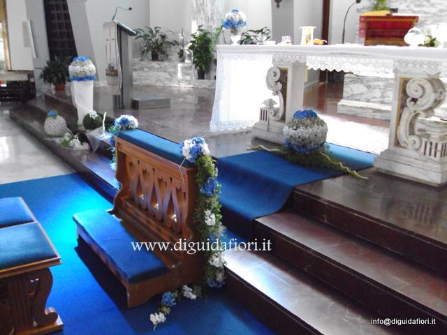 addobbo floreale a sfera- chiesa S. Maria della Rotonda