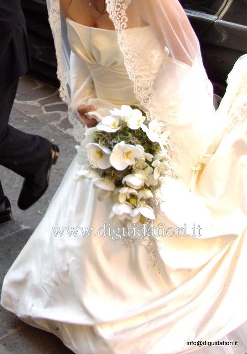 Sposa Con Bouquet.Bouquet Da Sposa Con Orchidee Phalaenopsis Fiorista Roberto Di Guida