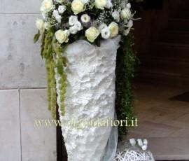 composizioni floreali a sfera in vaso grande bianco
