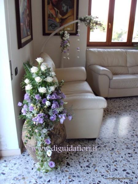 Addobbi floreali a casa della sposa fiorista roberto di guida - Tavolo da sposa a casa ...