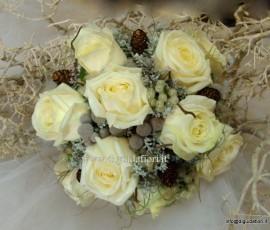 bouquet da sposa in tema natalizio