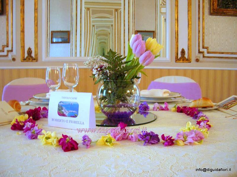 Centrotavola floreale per matrimonio – Villa Cilento Napoli – Fiorista Roberto Di Guida