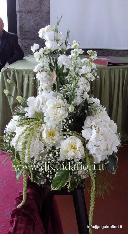 Ortensie Matrimonio Costo : Composizione floreale con peonie e ortensie nozze napoli