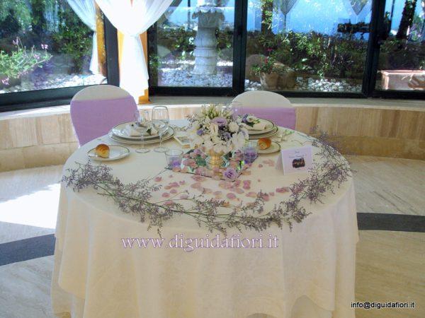 Tavolo degli sposi matrimonio villa cilento napoli fiorista roberto di guida - Addobbo tavolo casa sposa ...