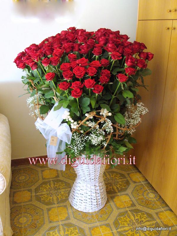 Cesto di 101 rose rosse – Dettagli matrimonio