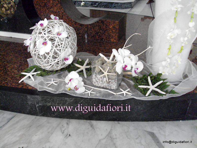 Addobbo floreale con orchidee phalaenopsis – Matrimonio Napoli – tema marino