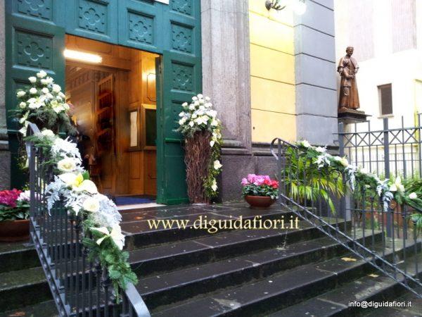 Matrimonio Natalizio Napoli : Addobbo floreale chiesa dei salesiani al vomero