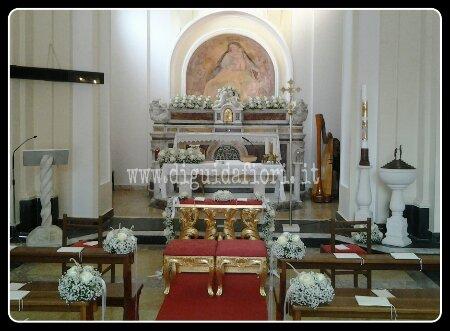 Addobbo floreale per matrimonio- Chiesa di Santa Maria del Faro – Napoli Marechiaro