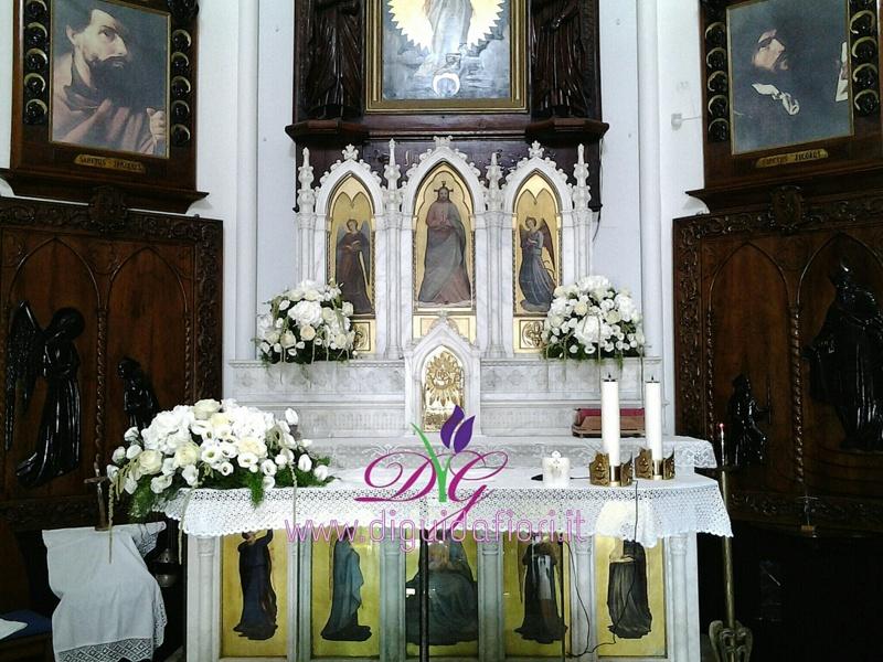 addobbo floreale per matrimonio – Chiesa di Posillipo – Napoli
