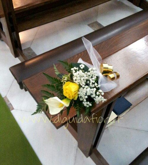 Segnaposto floreale per nozze d'oro – idee floreali per cerimonie