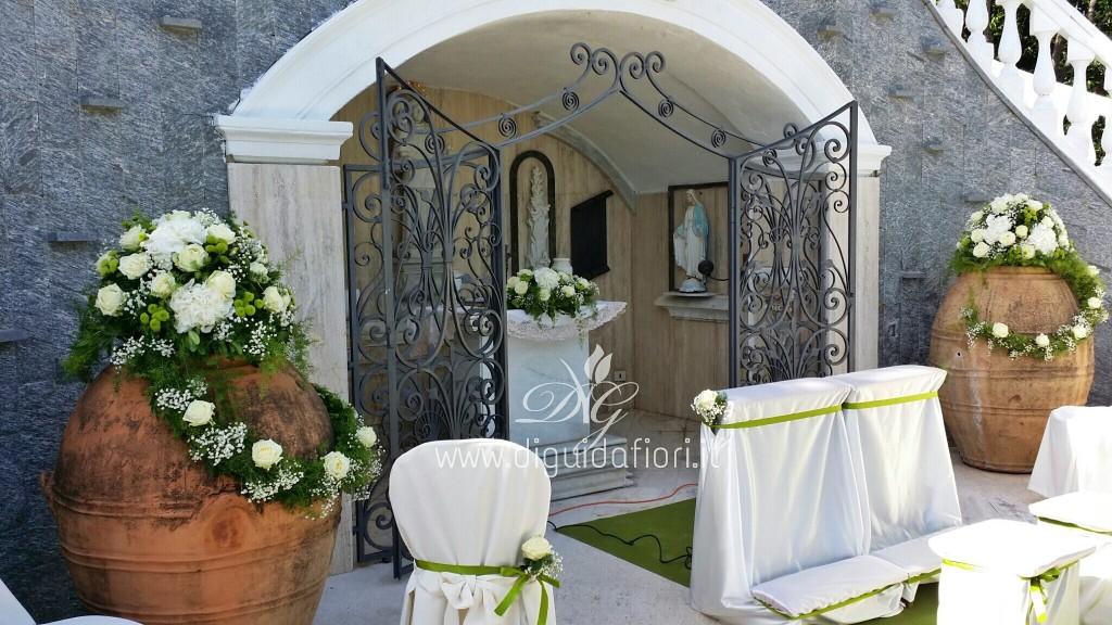Matrimonio In Verde E Bianco : Addobbo floreale bianco e verde matrimonio in villa