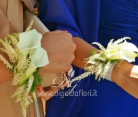 Bracciale per damigelle con calle ed astilbe – Dettagli Matrimoni