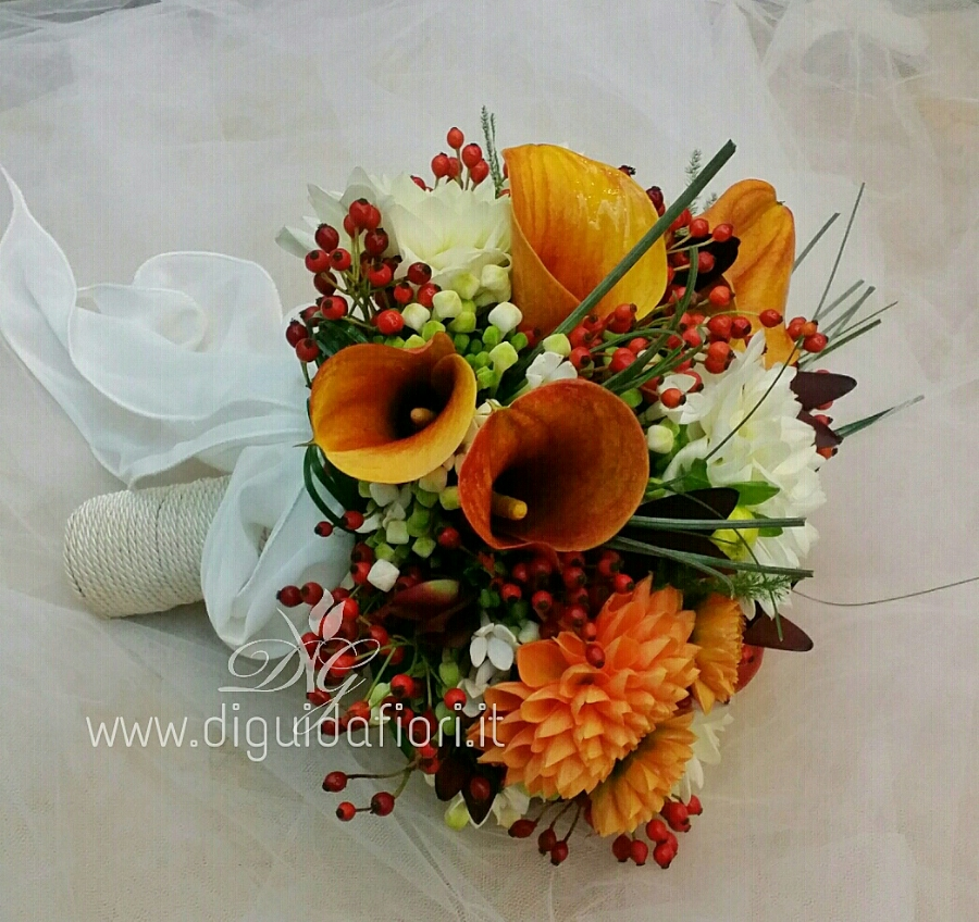 Bouquet da sposa color arancio – Matrimonio napoli