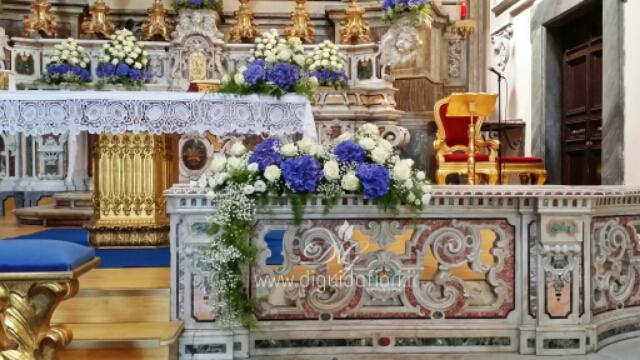 Addobbo floreale bianco e blu – Chiesa San Giuseppe a Chiaia
