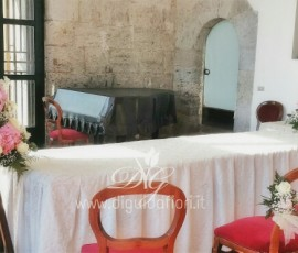 Rito civile al Maschio Angioino – addobbo floreale per matrimonio