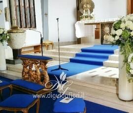 Addobbo floreale con peonie e ortensie – Chiesa del Sacro Cuore a Chiaia
