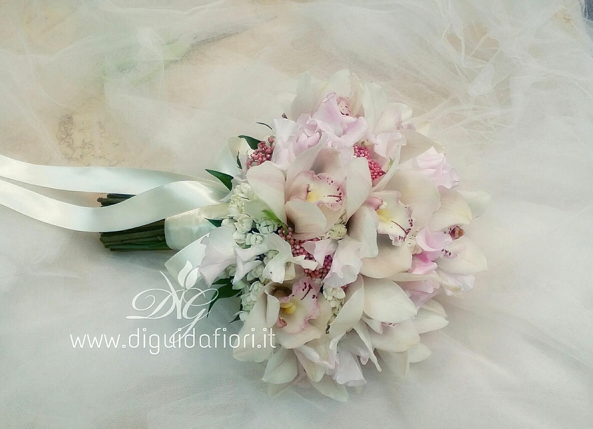 Bouquet da sposa con orchidee – Fioraio Napoli