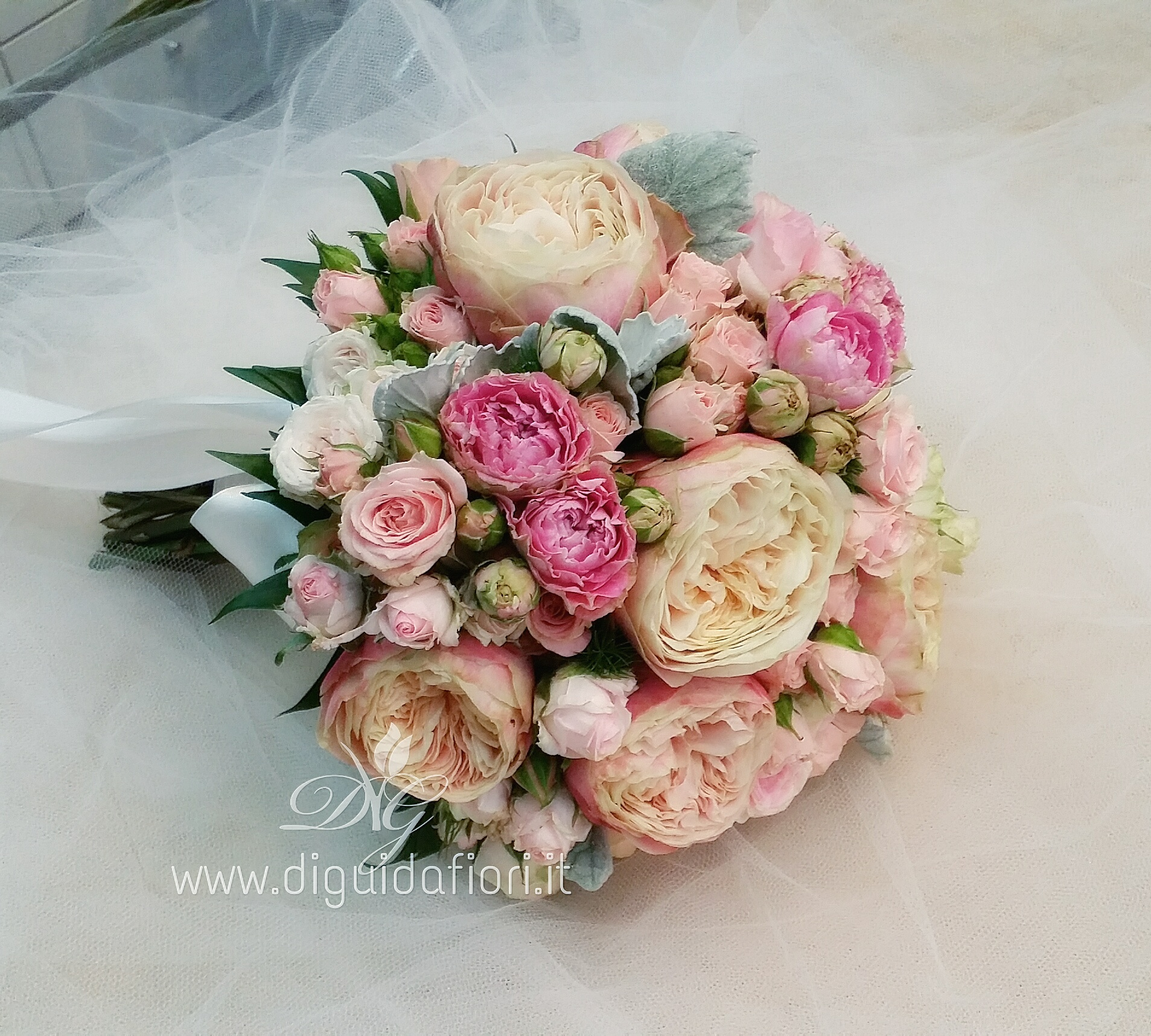 Bouquet da sposa con rose inglesi – bridal bouquet english roses